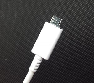 Cable-USB-Galaxy-A3-2016-10